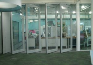 Image Of Glass Movable Walls in a Univesity