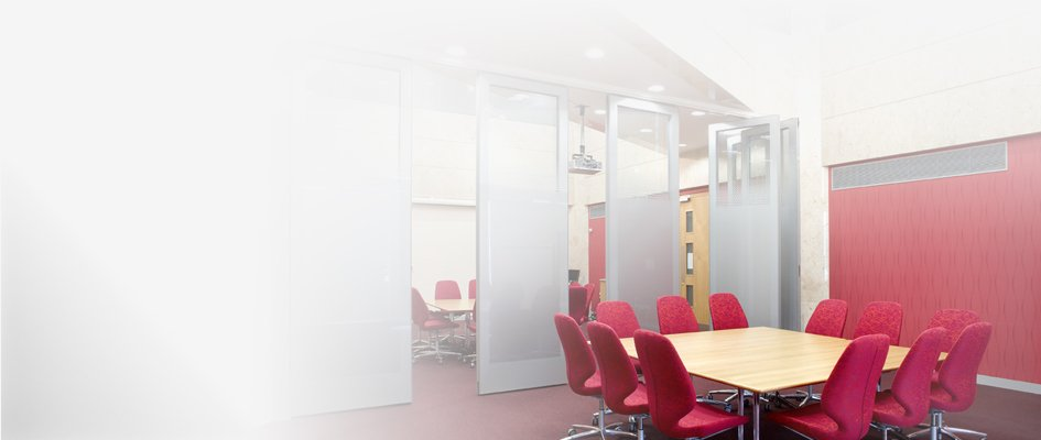 Teachwall Movable Walls in an Office