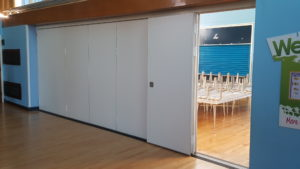 Teachwall 200 in school hall with door open