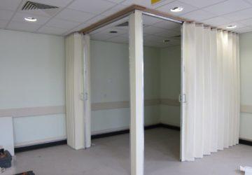 White Teachwall 800 for corner of room