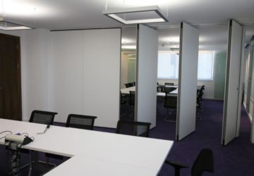 2 group rooms split by Acoustic Movable Wall Partitions